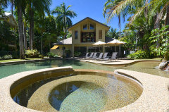 Port Douglas Sands Resort - Swimming Pool, Spa & Kids Wading Pool