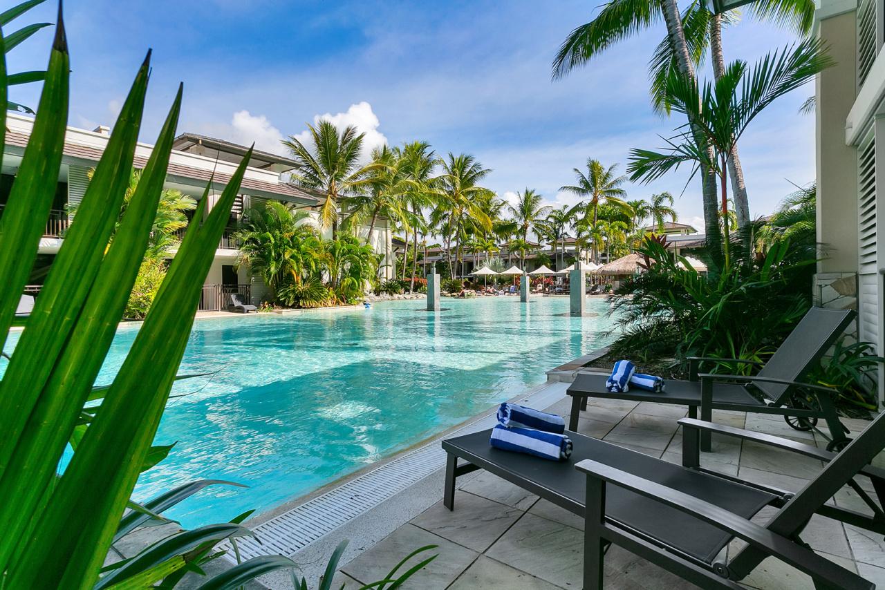 Sea Temple Port Douglas Private Holiday Apartments | Swim ...