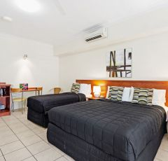 Cairns accommodation - Premier Suite - Cairns Queens Court Hotel