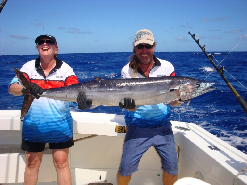 Cairns private charter snorkelling and fishing tours for Private fishing charters