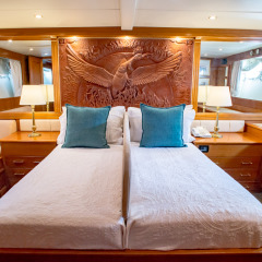 Private Luxury Charter Yacht Cairns - Master Stateroom