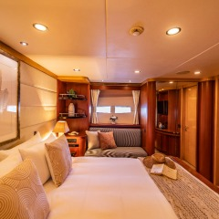 Private Luxury Charter Boat | Port Aft Cabin