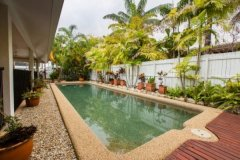 Private Swimming Pool - Palm Cove Holiday Home