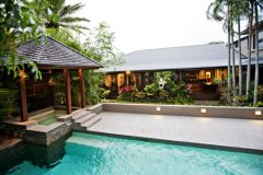 Private Swimming Pool with Spa in your own private Luxury Port Douglas Holiday Home