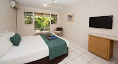 Rainforest Hotel Room - Mission Beach Accommodation