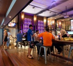 Rattle n Hum Port Douglas | Great Meal Deals
