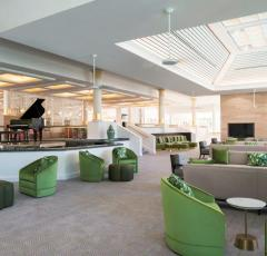 Recently Refurbished Daintree Bar Lounge at Sheraton Mirage Resort Port Douglas