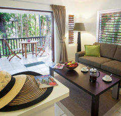 Reef Retreat Palm Cove Accommodation - FREE NIGHT DEALS