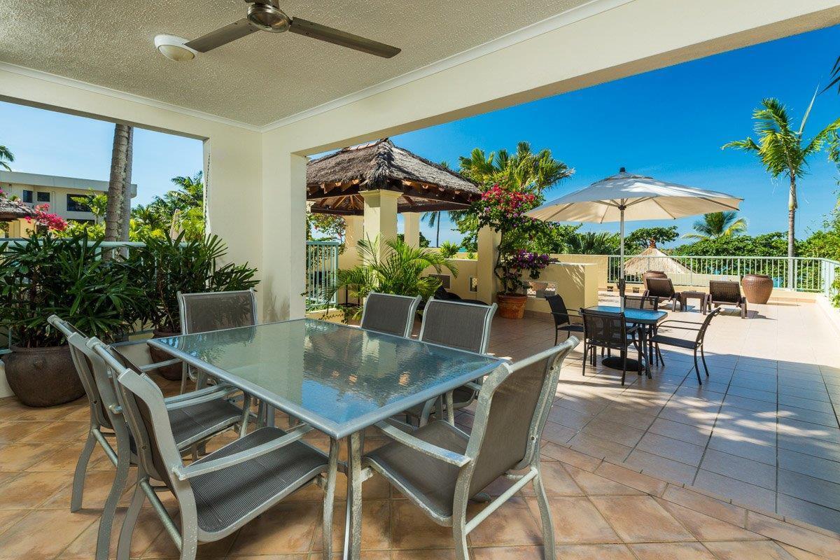 Cairns' Beaches Beachfront Apartments | Luxury ...