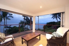 Relax on the uppper deck of your Port Douglas private holiday home