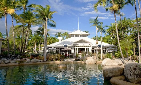 Rendezvous Reef Resort Port Douglas Swish Restaurant and Bar and Lagoon