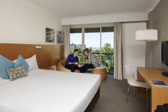 Resort Room with King Bed - Novotel Oasis Resort Cairns