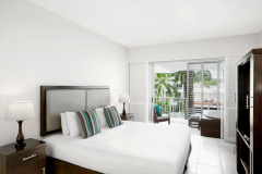 Resort Spa Room with Jacuzzi on the balcony | Peppers Beach Club Resort & Spa Palm Cove