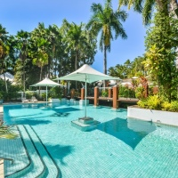 Resort Swimming Pool - Alamanda Palm Cove Private Apartments