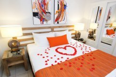 Romantic Gateaway In Port Douglas Tropical North Queensland | No Children Accommodation