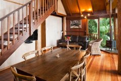 Rose Gums Wilderness Retreat Treehouse  - Cairns' Atherton Tablelands Accommodation