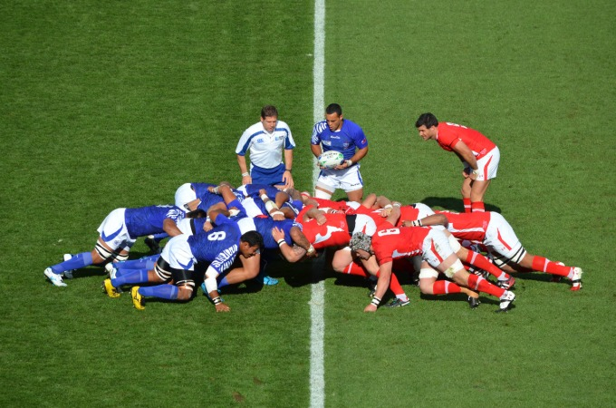 rugby league world cup cairns teams | Tonga Samoa scrum
