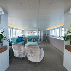 Saloon relaxation area - Great Barrier Reef - Superyacht Charters