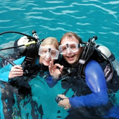 Cairns Dive Trips - Intro Scuba Diving On Your Full Day Great Barrier Reef Cruise