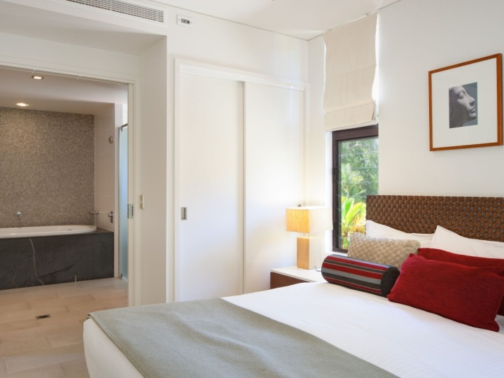 Master Bedroom with Ensuite Spa | Sea Temple Palm Cove Private Apartments