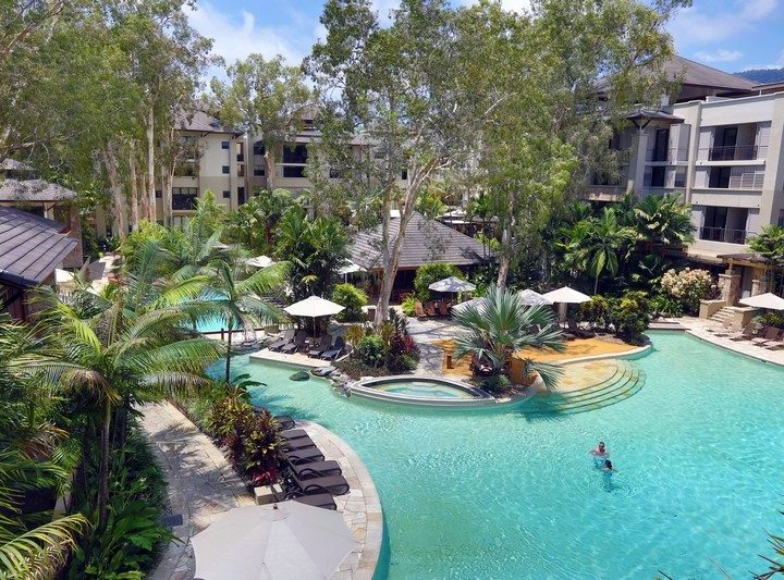 Sea Temple Resort Palm Cove Private Apartments Swimming Pool