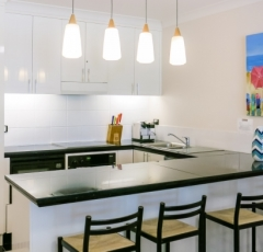 Self Contained Kitchen facilities - Alamanda Private Apartment Palm Cove