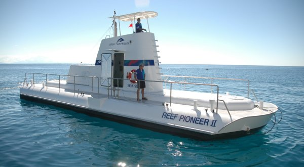 Semi-submersible Great Barrier Reef tours Cairns