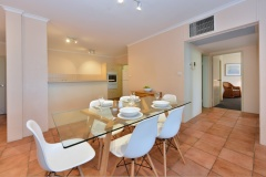 Palm Cove Apartments - Senna Dining | Beachfront Apartment Palm Cove