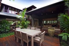 Dine Alfresco, and enjoy tropical living in your Private Holiday Home, Port Douglas