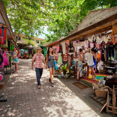Shopping in Kuranda Village | Scenic Flight & Kuranda 1 Day Combo
