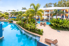 Silkari Lagoons Holiday Apartments Port Douglas | Hotel Spa Rooms and Swimout Balcony Apartments available