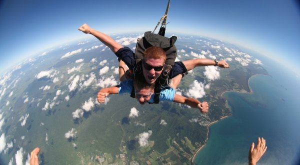 Skydive Above the Great Barrier Reef - Combo Tour Cairns