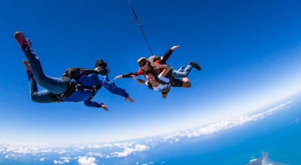 Skydiving Cairns - Fitzroy Island Package