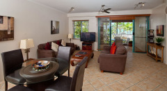 Spacious 1,2 & 3 Bedroom Holiday Apartments at Coral Sands Resort Trinity Beach