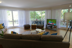 Spacious 3 Bedroom Apartment Palm Cove