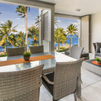 Spacious balcony to enjoy the ocean breeze and stunning views - Palm Cove Accommodation | Island Views Palm Cove Luxury Apartments