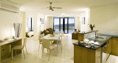 Spacious Living and Kitchen Areas - Piermonde Holiday Apartments Cairns