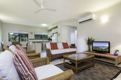 Spacious Two Bedroom Apartment - Bay Villas Resort Port Douglas