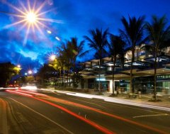 Located in the heart of Port Douglas on Macrossan Street - Coconut Grove Apartments Port Douglas