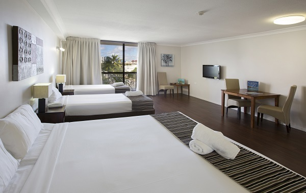 Hotel Studio Room - Cairns Plaza Hotel