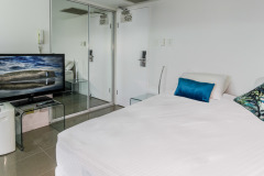 Studio Apartment - Cairns North Shore Towers Private Apartment