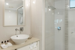 Studio Room Bathroom - Adult only Accommodation Port Douglas