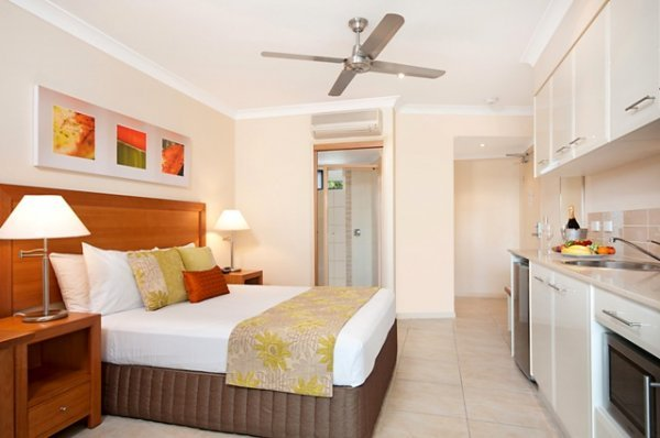 Studio Room with Pool Views - Adult only Resort Port Douglas