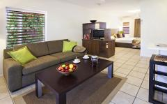 Studio Suite - Reef Retreat Palm Cove Resort style accommodation