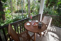 Studio Suite Balcony - Reef Retreat Palm Cove Resort style accommodation