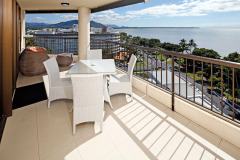 Stunning Cairns Views from your own private holiday apartment overlooking Cairns Esplanade - Aquarius #59