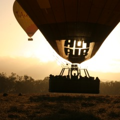 Stunning sunrise views over the Atherton Tablelands from your hot air balloon in Cairns & Port Douglas