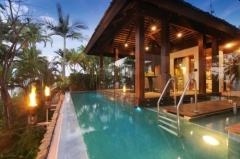 Stunning Tropical Swimming Pool with views -  Luxury Port Douglas Holiday Home