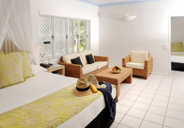 Two Bedroom Spa Apartment - Reef House Palm Cove
