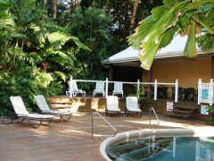Sunbeds & Poolside BBQ area -  Palm Cove Tropic Apartments
